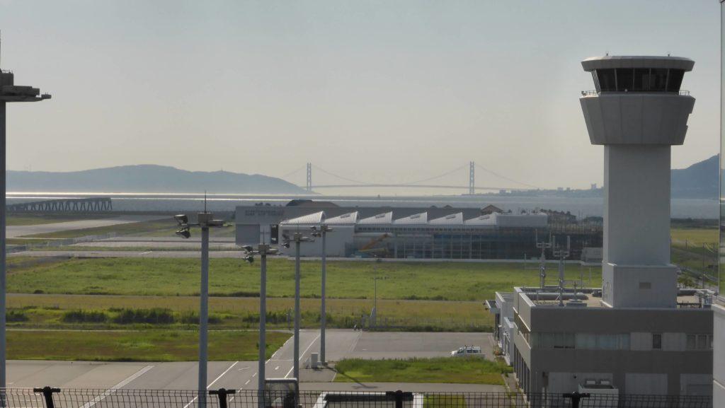神戸空港展望デッキ 明石海峡大橋