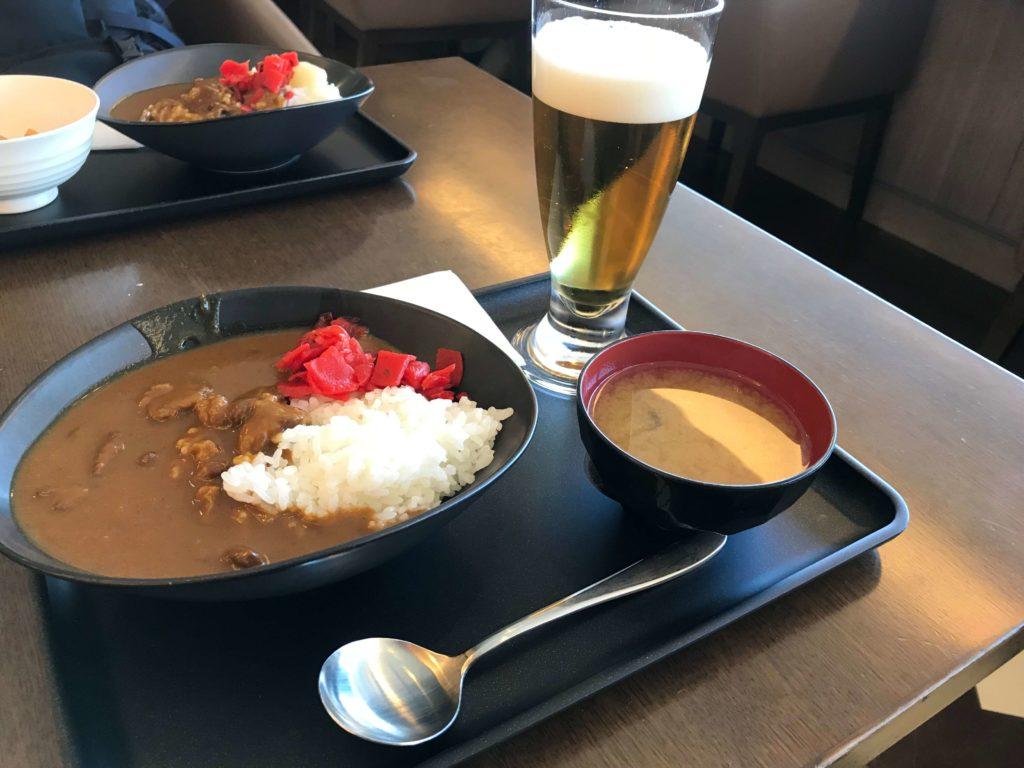 関西空港-サクララウンジ-カレー