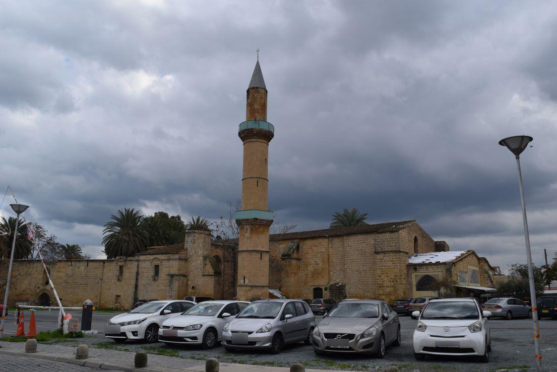 ニコシア-旧市街地-オメリエモスク