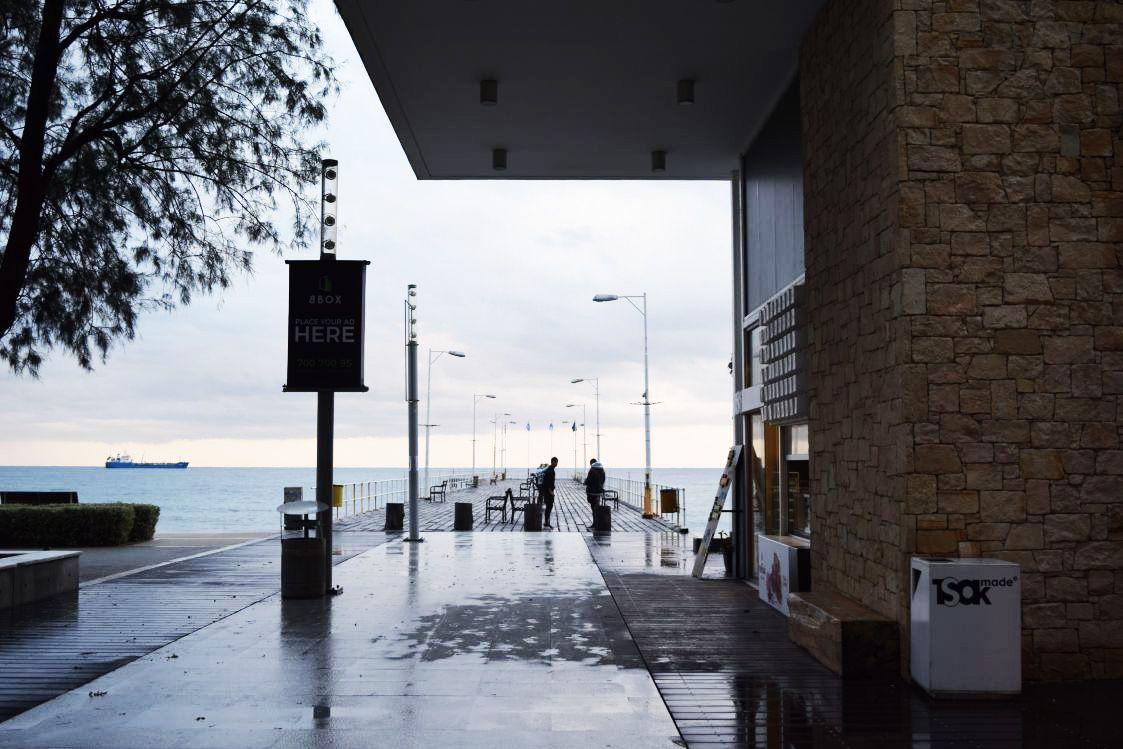 XM-近くの桟橋