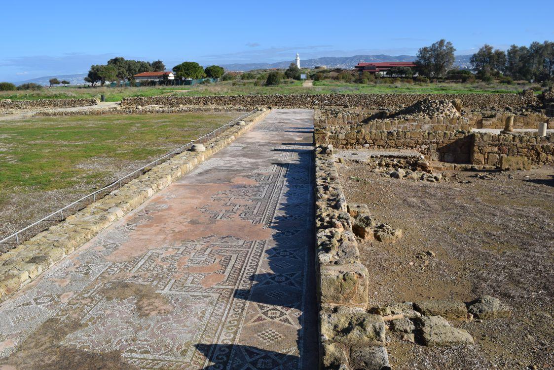 パフォス考古学公園-モザイク画の通路