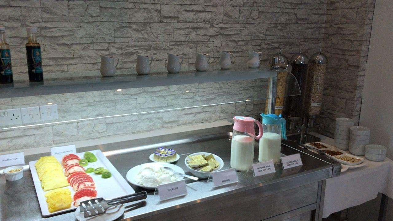 アキレオス シティ ホテル-朝食フルーツ類
