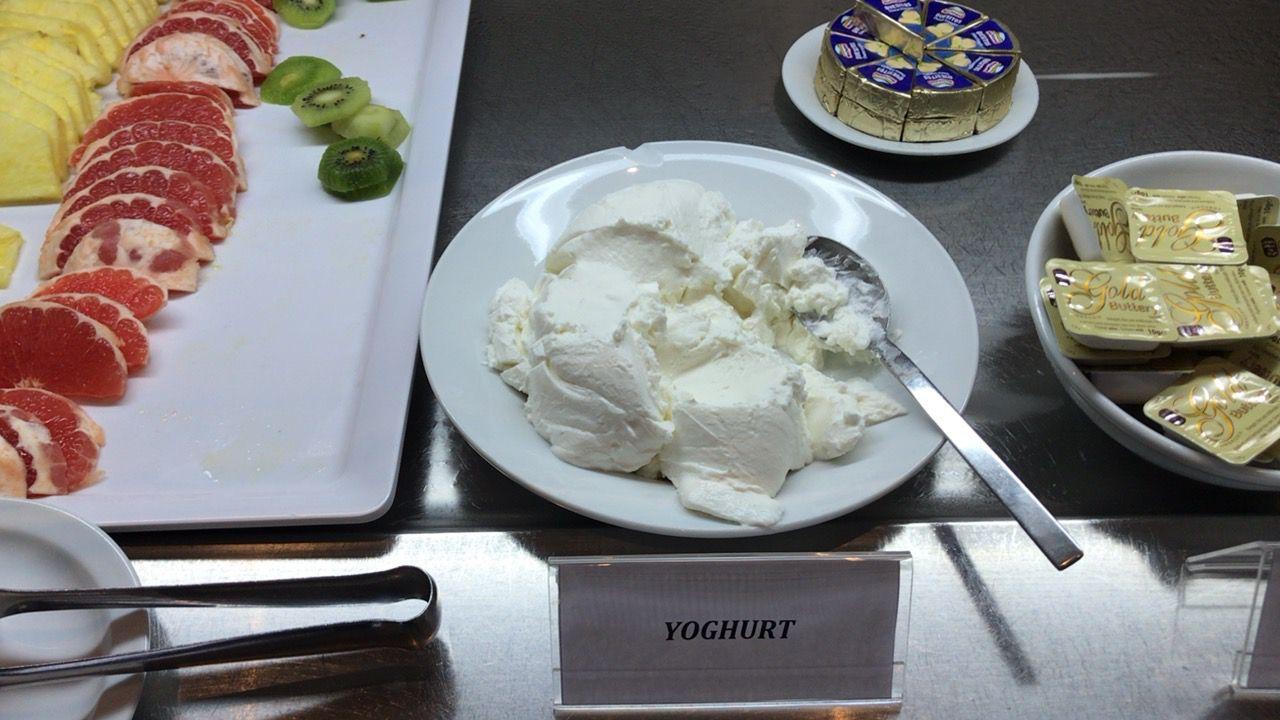 アキレオス シティ ホテル-朝食ヨーグルト