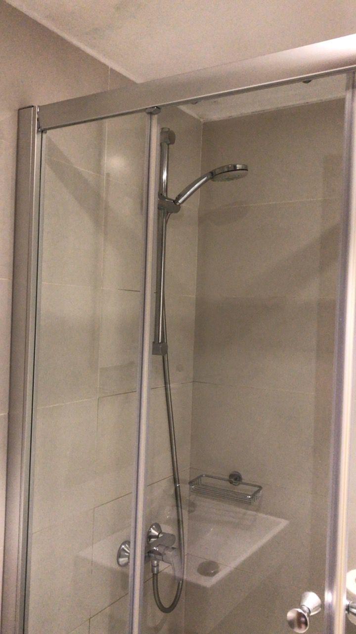 ピラモスホテル-シャワー